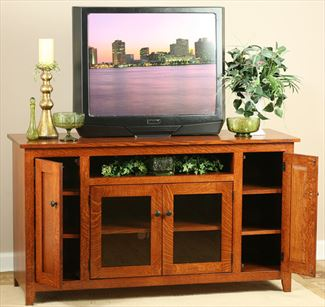 Amish Furniture Hardwood TV Stand Solid Panel Design Bevel Glass Doors