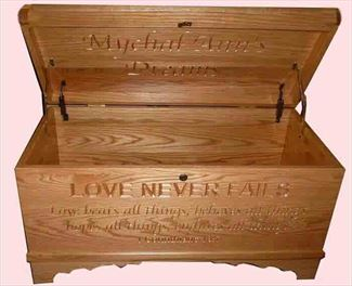 Hope Chest Amish chest Love Never Fails, OAK, MEDIUM or S-2 Stain