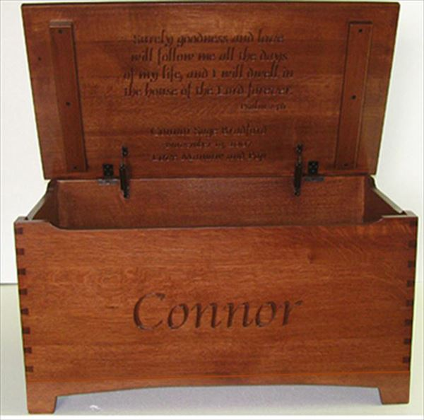 Amish Quarter Sawn or Oak or Cherry Furniture Shaker Large Dovetail Toy Box Chest Deluxe Two Safety Hinges Verse and Name
