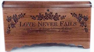 Hope Chest Amish chest Love Never Fails, OAK Hardwood, MEDIUM DARK Oak Stain Hand Made