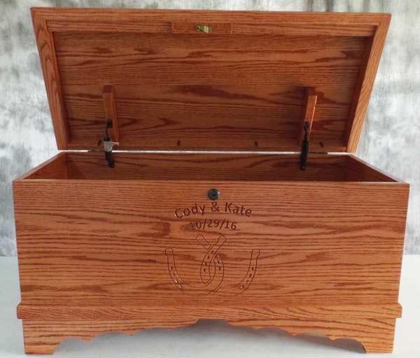 Hope Chest Amish chest Dual Horsehoe, cherry or oak, handmade hardwood