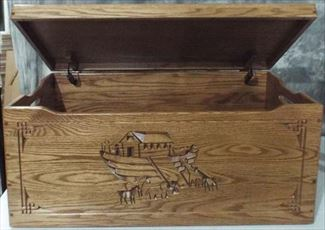 Hope Chest Amish chest Noahs Ark, OAK, MEDIUM Dark Oak Stain Shown
